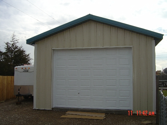 dsc00588_installedgaragedoor